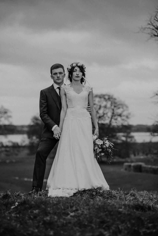 POWDERHAM-CASTLE-WEDDING-PHOTOGRAPHER-CORNWALL-DEVON-84.jpg