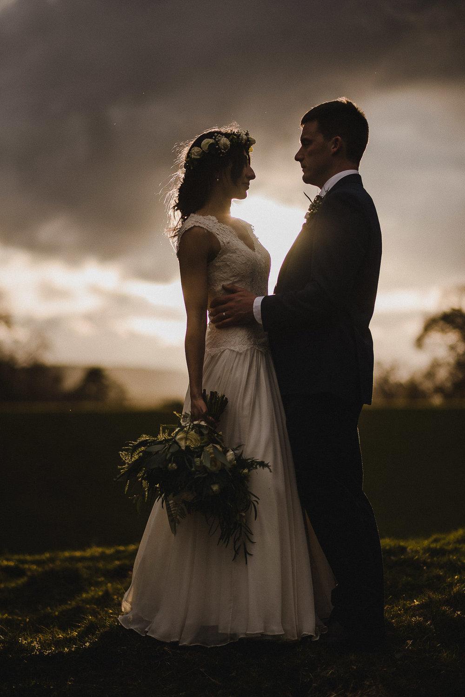 POWDERHAM-CASTLE-WEDDING-PHOTOGRAPHER-CORNWALL-DEVON-86.jpg