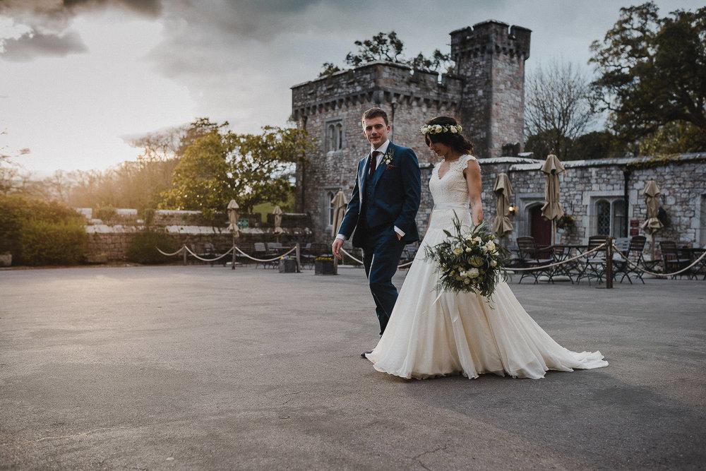 POWDERHAM-CASTLE-WEDDING-PHOTOGRAPHER-CORNWALL-DEVON-95.jpg