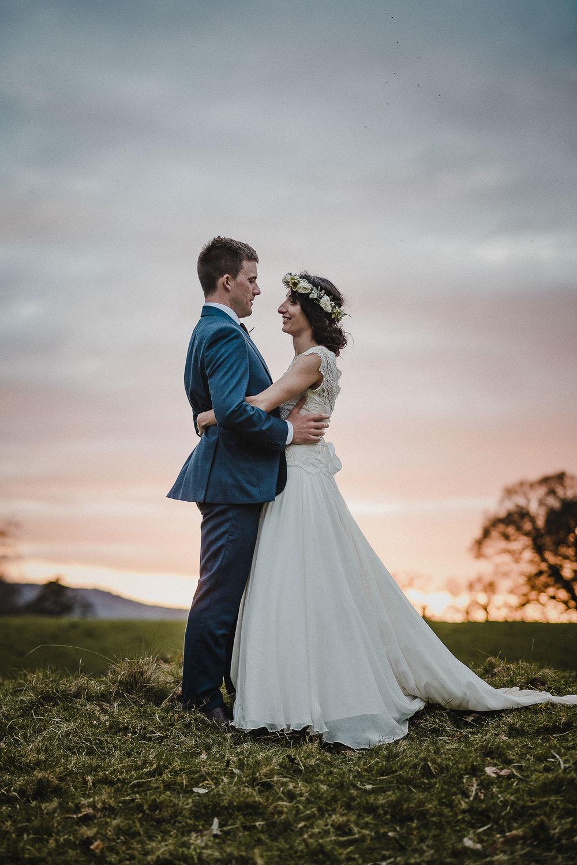 POWDERHAM-CASTLE-WEDDING-PHOTOGRAPHER-CORNWALL-DEVON-100.jpg