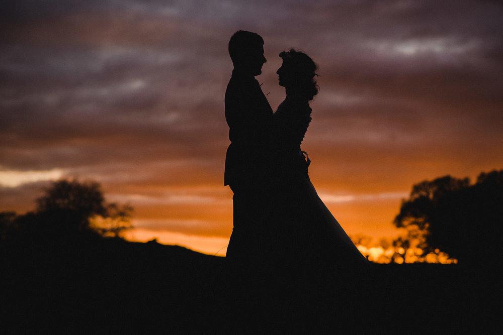 POWDERHAM-CASTLE-WEDDING-PHOTOGRAPHER-CORNWALL-DEVON-101.jpg