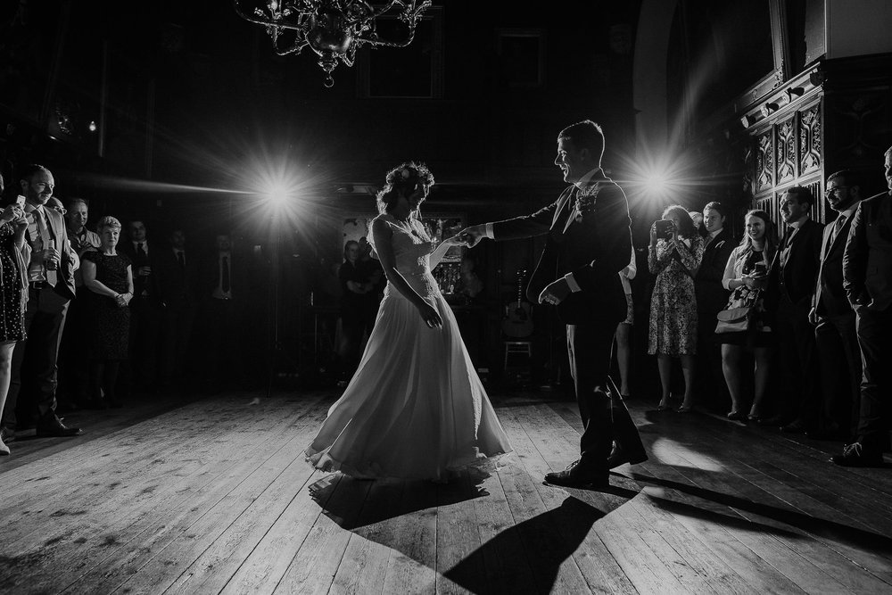 POWDERHAM-CASTLE-WEDDING-PHOTOGRAPHER-CORNWALL-DEVON-106.jpg