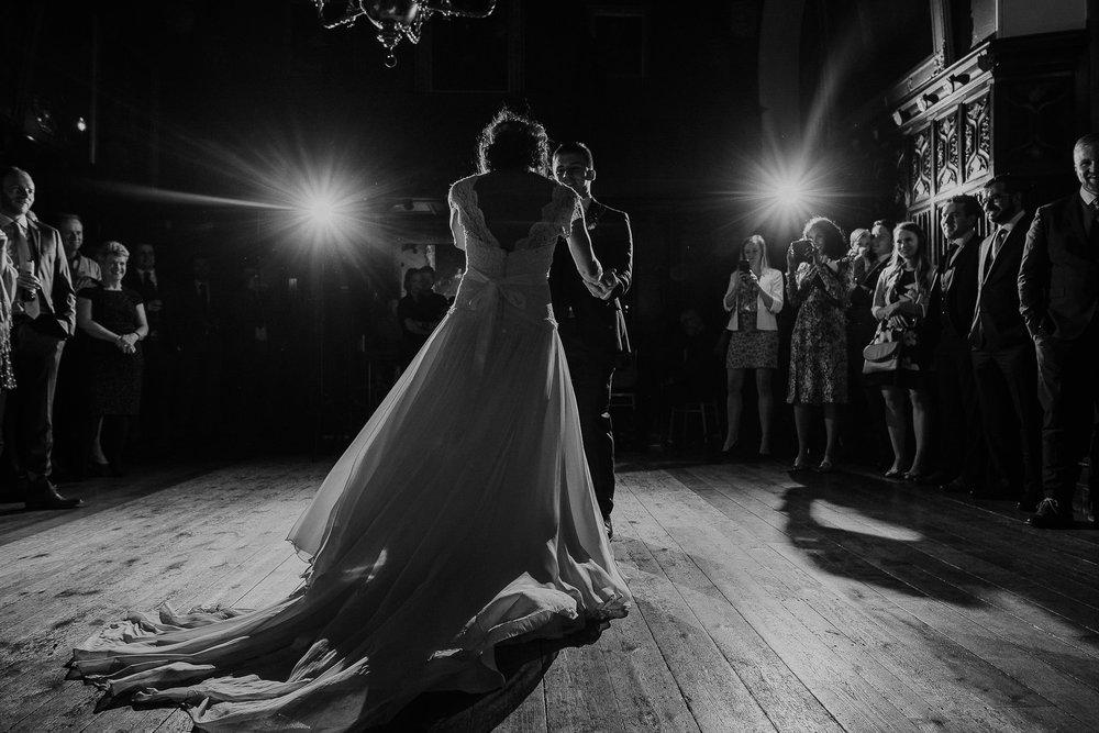 POWDERHAM-CASTLE-WEDDING-PHOTOGRAPHER-CORNWALL-DEVON-107.jpg