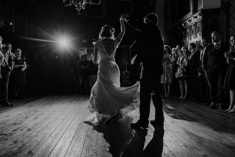 POWDERHAM-CASTLE-WEDDING-PHOTOGRAPHER-CORNWALL-DEVON-109.jpg