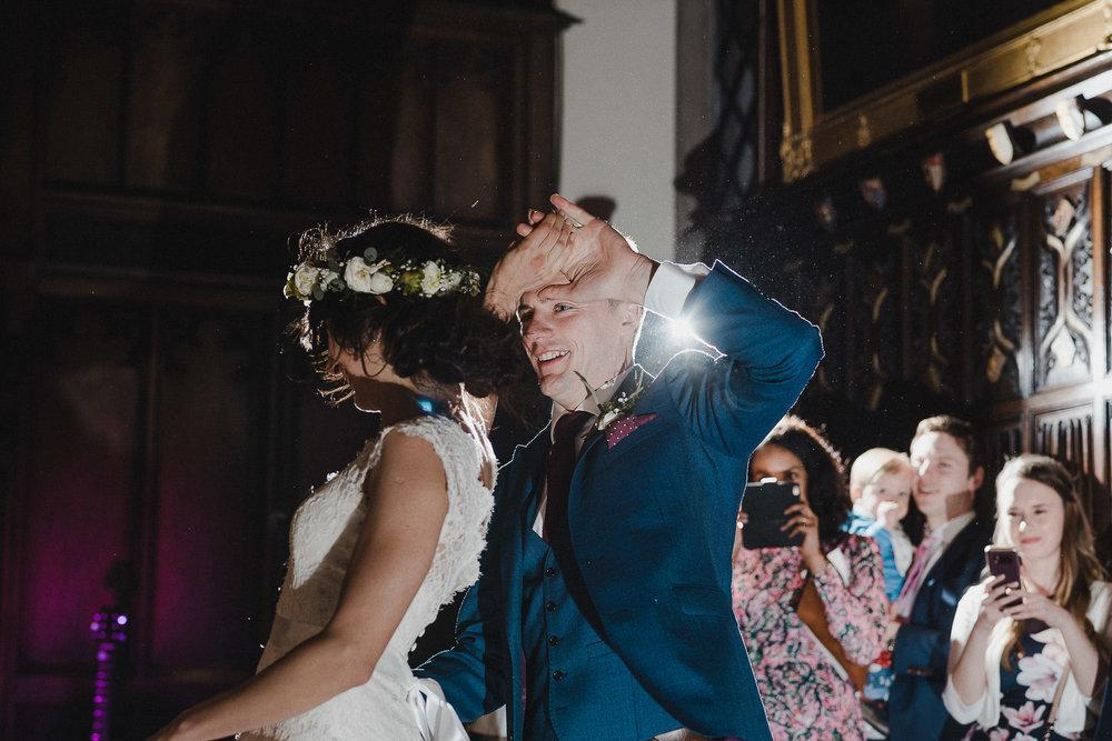 POWDERHAM-CASTLE-WEDDING-PHOTOGRAPHER-CORNWALL-DEVON-110.jpg