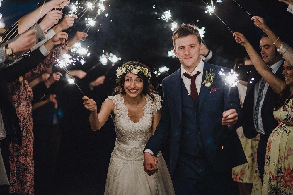 POWDERHAM-CASTLE-WEDDING-PHOTOGRAPHER-CORNWALL-DEVON-118.jpg