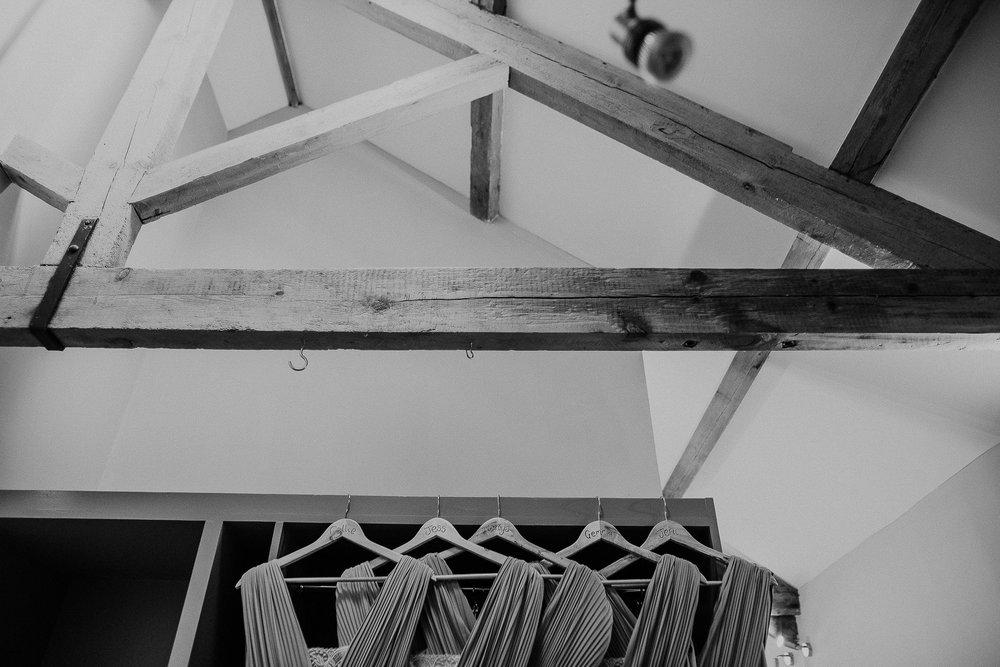 TREVVENA-BARNS-WEDDING-PHOTOGRAPHER-CORNWALL-DEVON-14.jpg