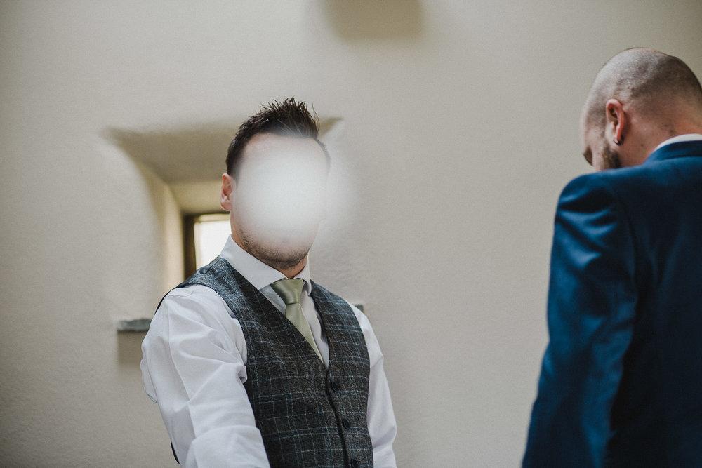 TREVVENA-BARNS-WEDDING-PHOTOGRAPHER-CORNWALL-DEVON-15.jpg