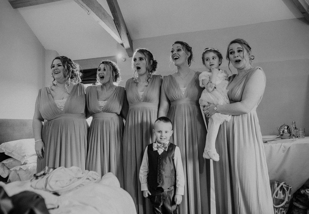 TREVVENA-BARNS-WEDDING-PHOTOGRAPHER-CORNWALL-DEVON-17.jpg