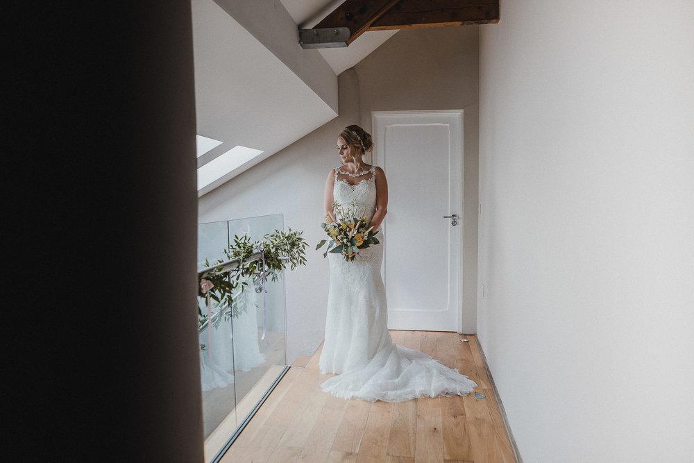 TREVVENA-BARNS-WEDDING-PHOTOGRAPHER-CORNWALL-DEVON-20.jpg