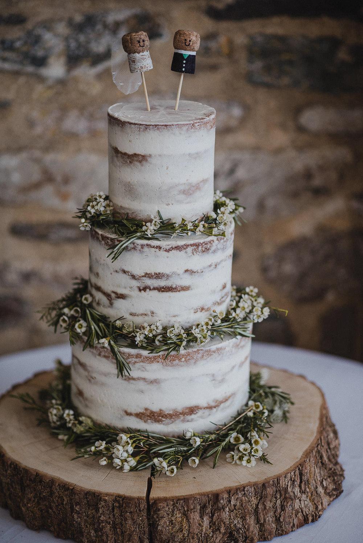 TREVVENA-BARNS-WEDDING-PHOTOGRAPHER-CORNWALL-DEVON-24.jpg