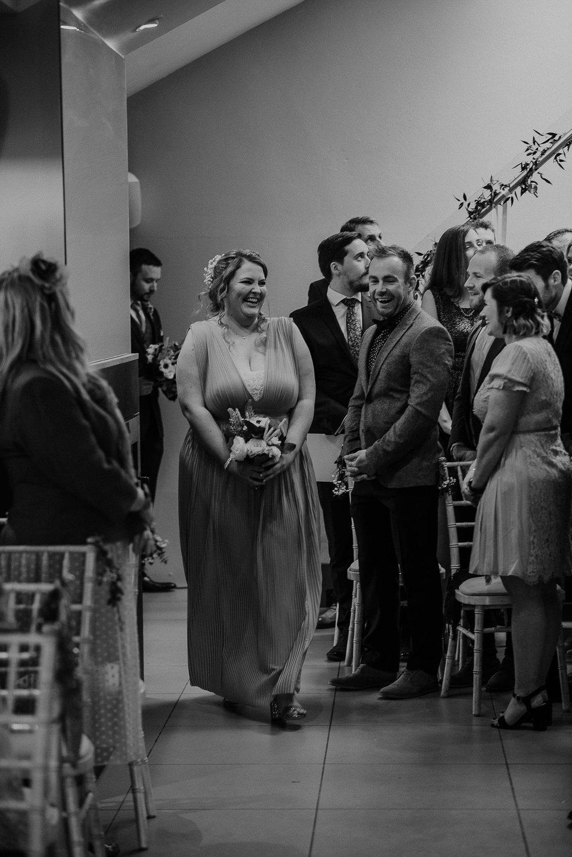 TREVVENA-BARNS-WEDDING-PHOTOGRAPHER-CORNWALL-DEVON-30.jpg