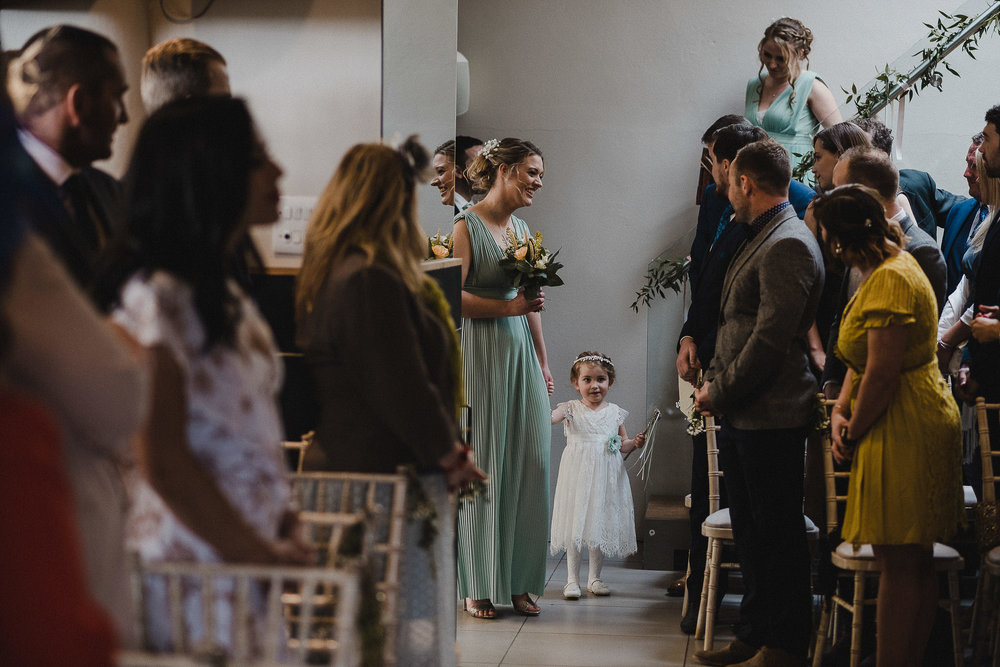 TREVVENA-BARNS-WEDDING-PHOTOGRAPHER-CORNWALL-DEVON-31.jpg
