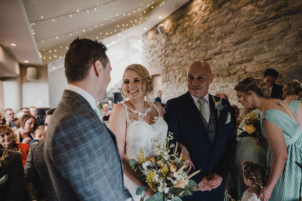 TREVVENA-BARNS-WEDDING-PHOTOGRAPHER-CORNWALL-DEVON-35.jpg