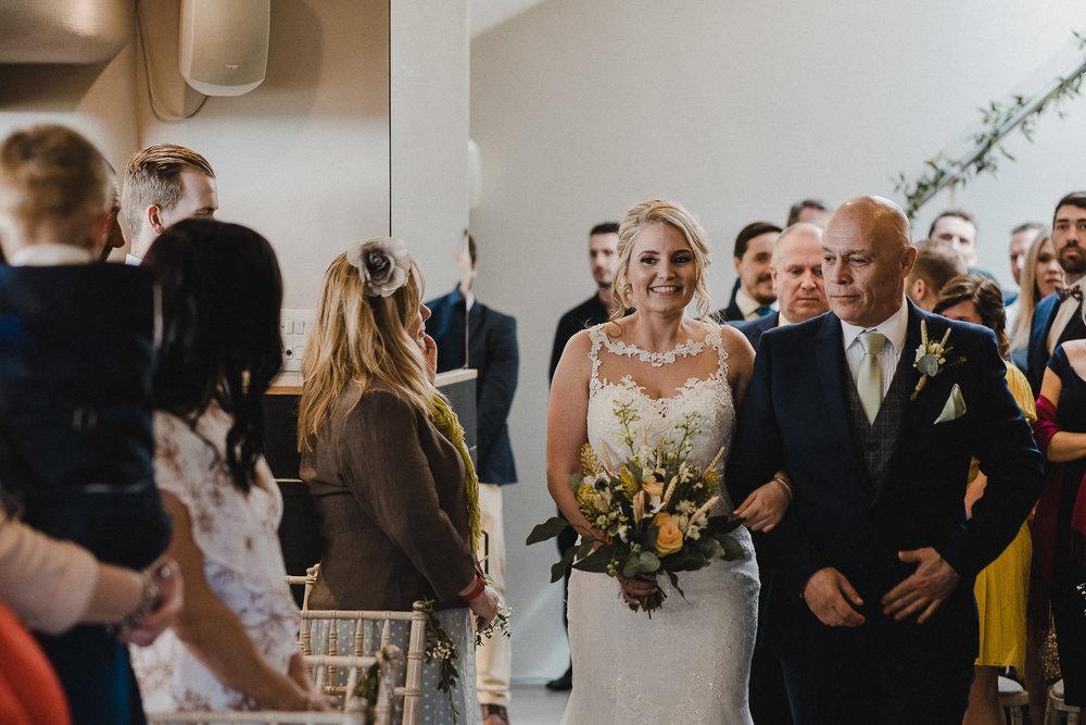 TREVVENA-BARNS-WEDDING-PHOTOGRAPHER-CORNWALL-DEVON-34.jpg