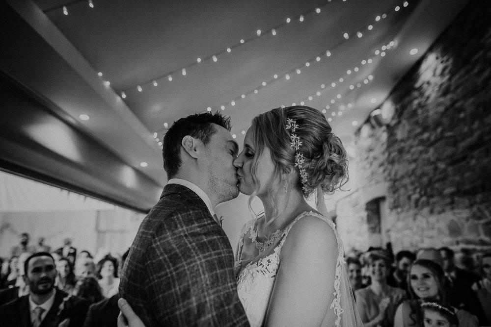 TREVVENA-BARNS-WEDDING-PHOTOGRAPHER-CORNWALL-DEVON-39.jpg