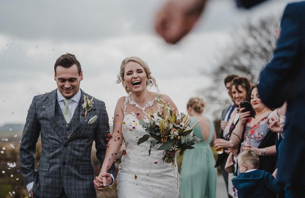 TREVVENA-BARNS-WEDDING-PHOTOGRAPHER-CORNWALL-DEVON-43.jpg