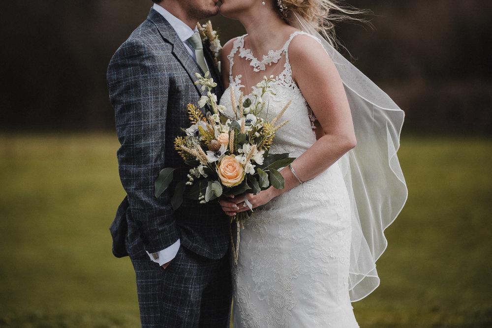 TREVVENA-BARNS-WEDDING-PHOTOGRAPHER-CORNWALL-DEVON-54.jpg