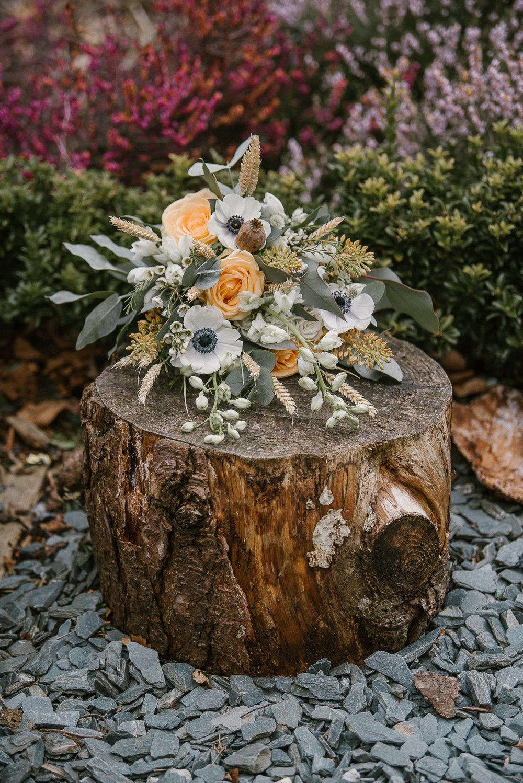 TREVVENA-BARNS-WEDDING-PHOTOGRAPHER-CORNWALL-DEVON-80.jpg