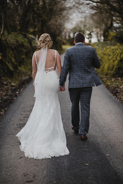 TREVVENA-BARNS-WEDDING-PHOTOGRAPHER-CORNWALL-DEVON-86.jpg