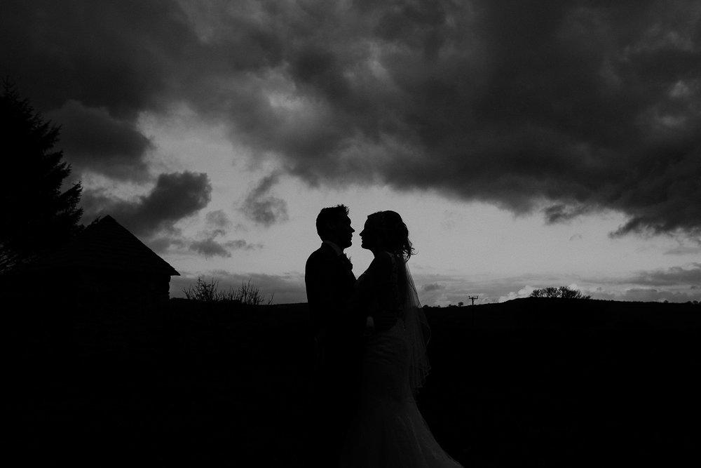 TREVVENA-BARNS-WEDDING-PHOTOGRAPHER-CORNWALL-DEVON-91.jpg