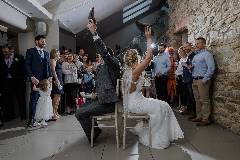 TREVVENA-BARNS-WEDDING-PHOTOGRAPHER-CORNWALL-DEVON-94.jpg