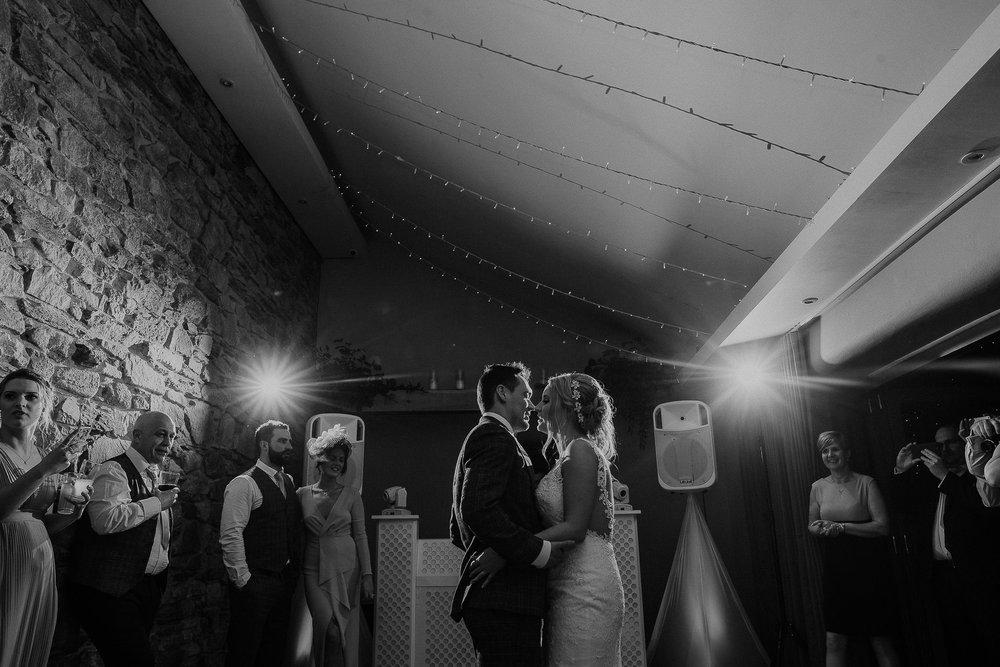 TREVVENA-BARNS-WEDDING-PHOTOGRAPHER-CORNWALL-DEVON-104.jpg