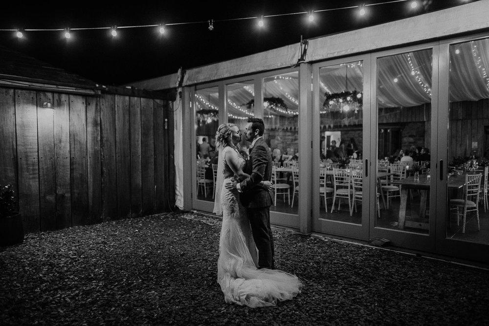 TREVVENA-BARNS-WEDDING-PHOTOGRAPHER-CORNWALL-DEVON-109.jpg