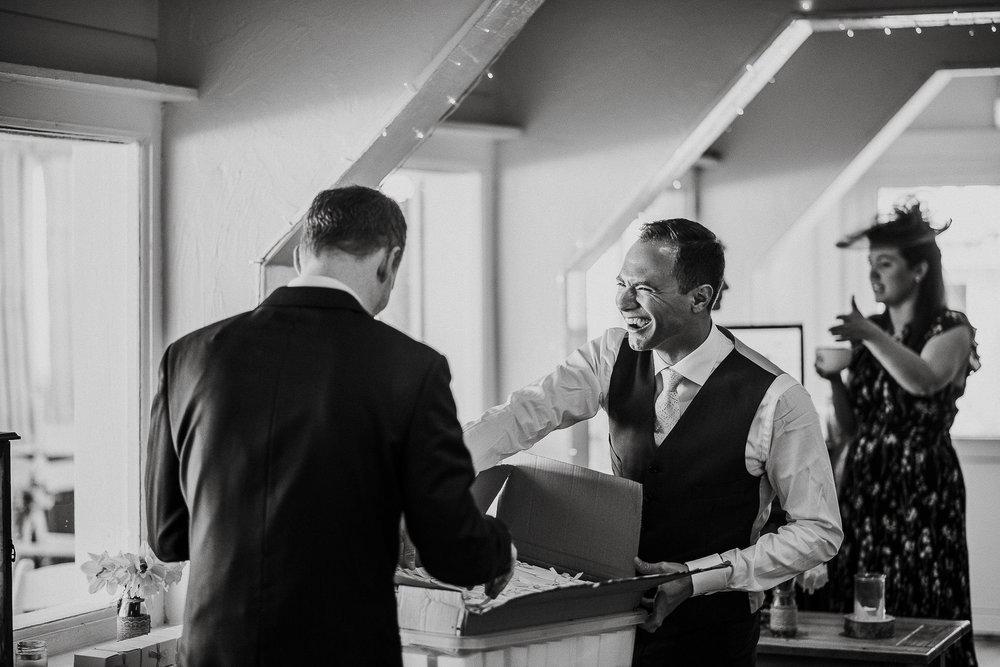 LUSTY-GLAZE-WEDDING-PHOTOGRAPHER-CORNWALL-17.jpg