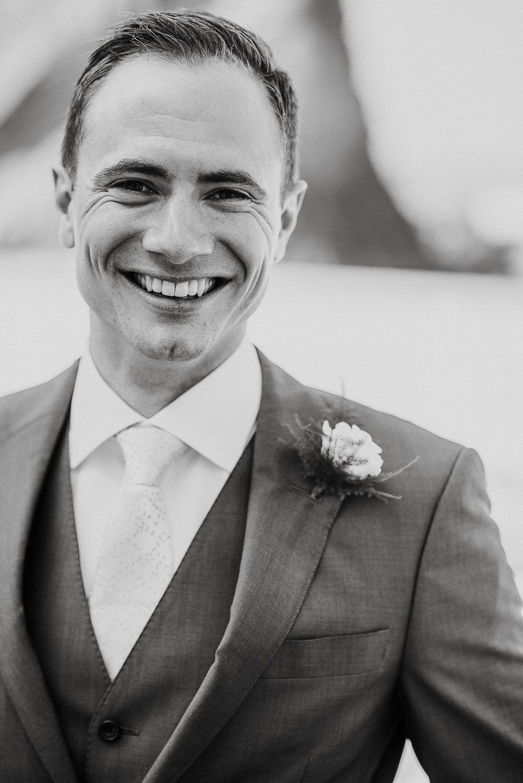 LUSTY-GLAZE-WEDDING-PHOTOGRAPHER-CORNWALL-21.jpg
