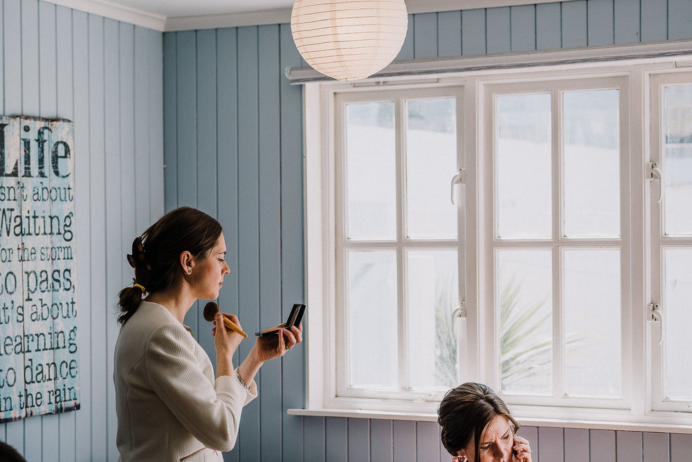 LUSTY-GLAZE-WEDDING-PHOTOGRAPHER-CORNWALL-27.jpg