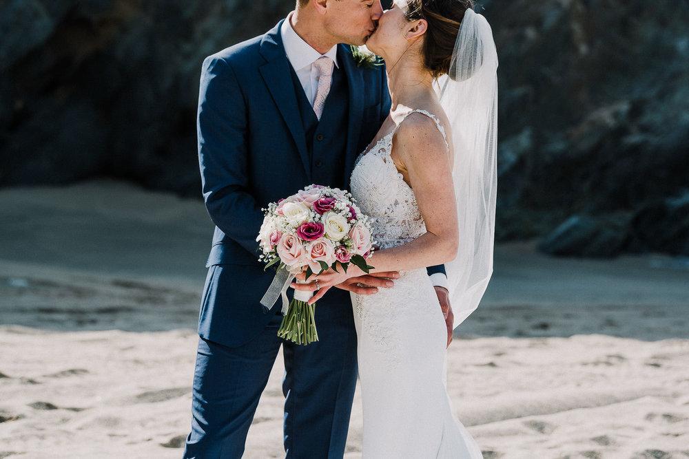 LUSTY-GLAZE-WEDDING-PHOTOGRAPHER-CORNWALL-66.jpg