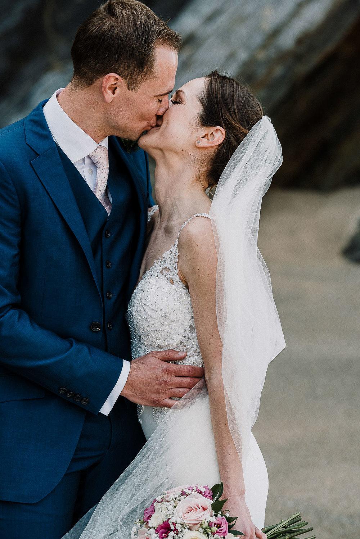 LUSTY-GLAZE-WEDDING-PHOTOGRAPHER-CORNWALL-71.jpg