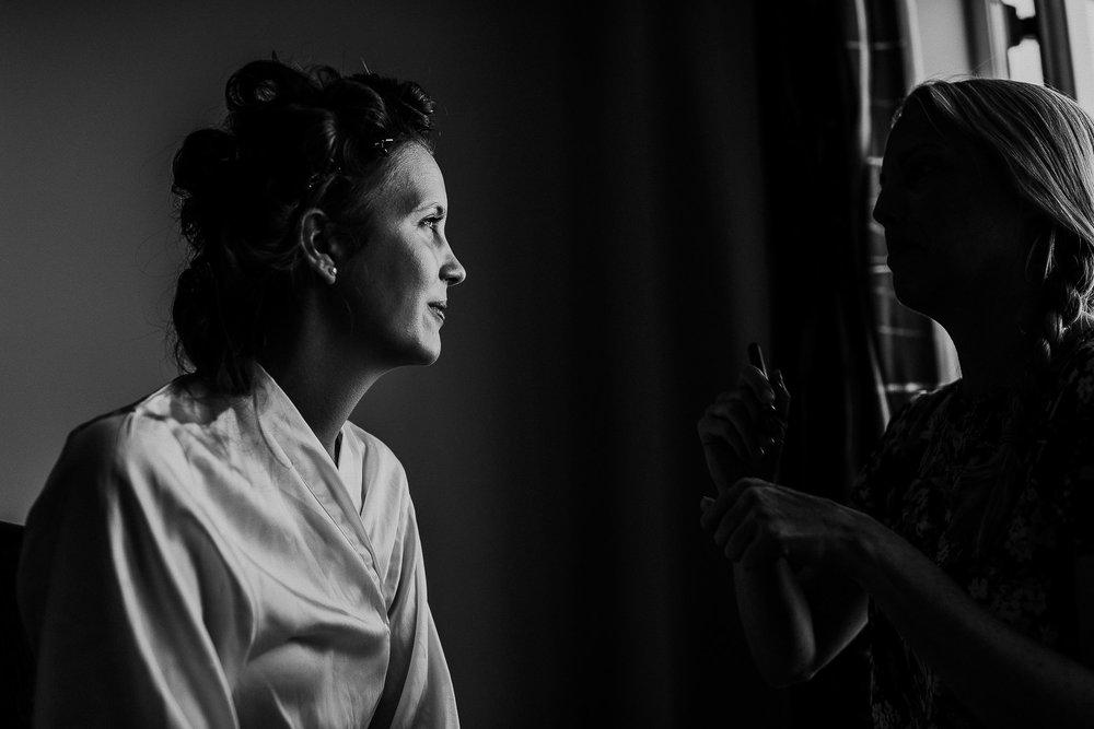 WOOLACOMBE-BAY-HOTEL-WEDDING-PHOTOGRAPHER-DEVON-CORNWALL-14.jpg