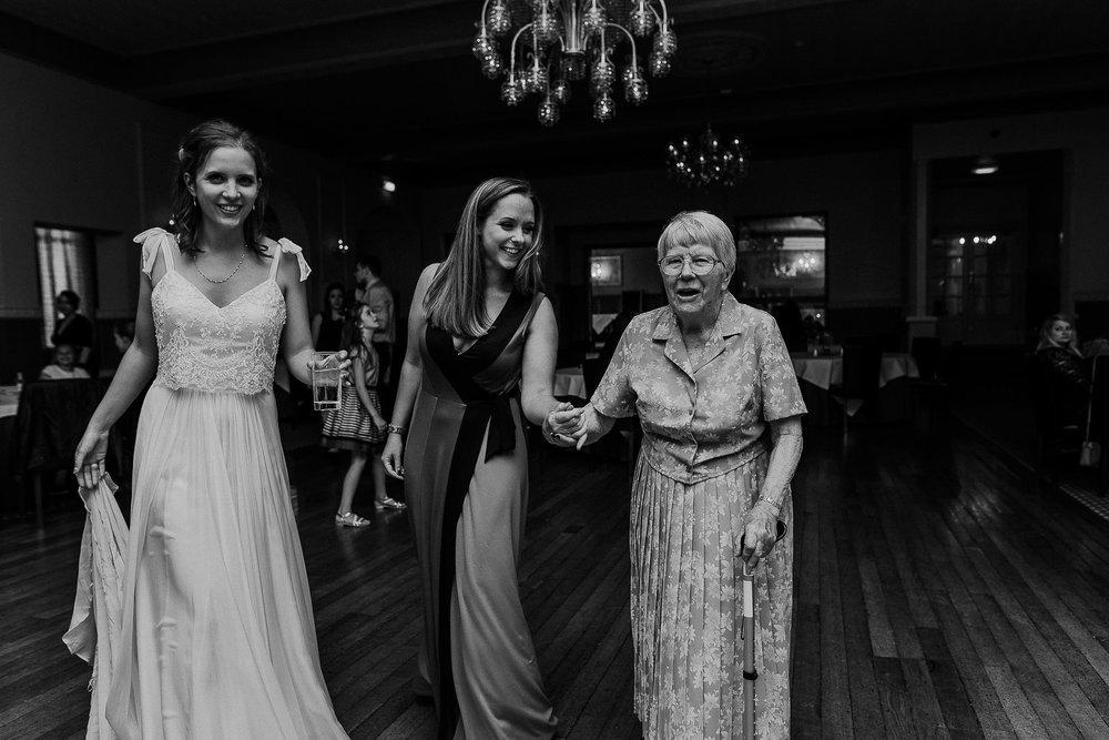 WOOLACOMBE-BAY-HOTEL-WEDDING-PHOTOGRAPHER-DEVON-CORNWALL-23.jpg