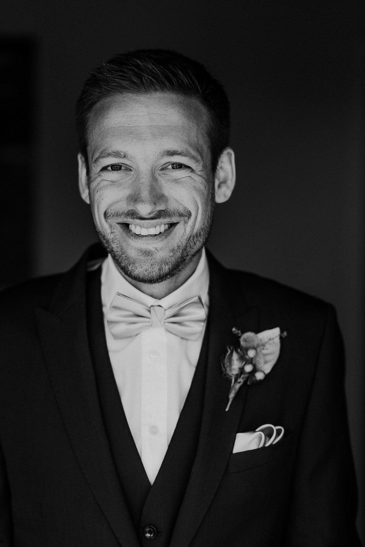 WOOLACOMBE-BAY-HOTEL-WEDDING-PHOTOGRAPHER-DEVON-CORNWALL-59.jpg