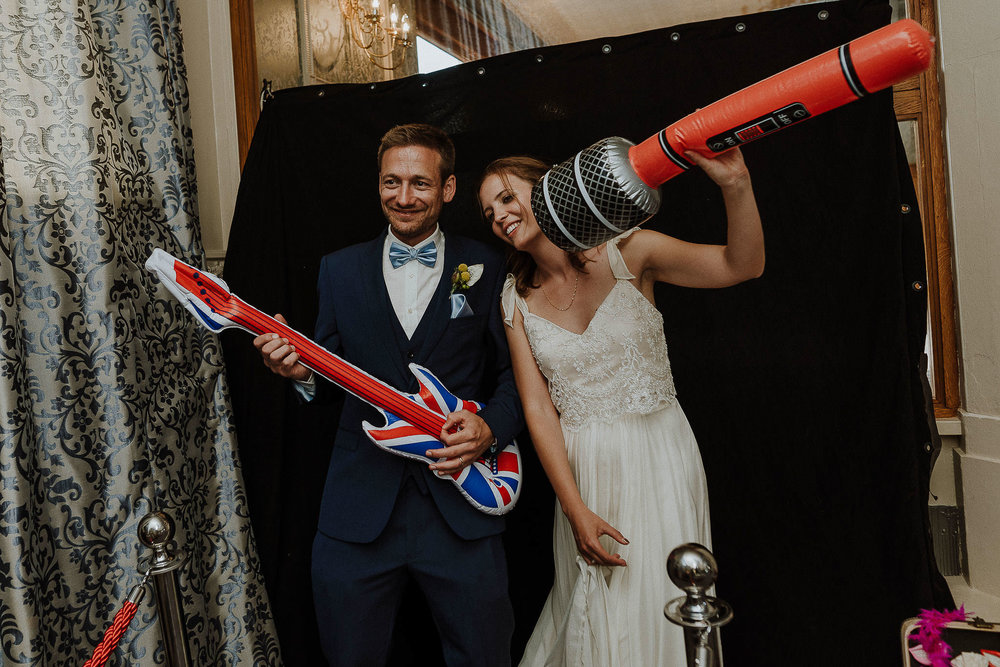 WOOLACOMBE-BAY-HOTEL-WEDDING-PHOTOGRAPHER-DEVON-CORNWALL-87.jpg