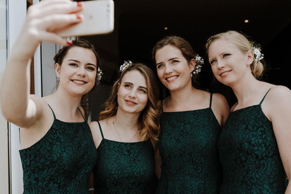 WOOLACOMBE-BAY-HOTEL-WEDDING-PHOTOGRAPHER-DEVON-CORNWALL-134.jpg