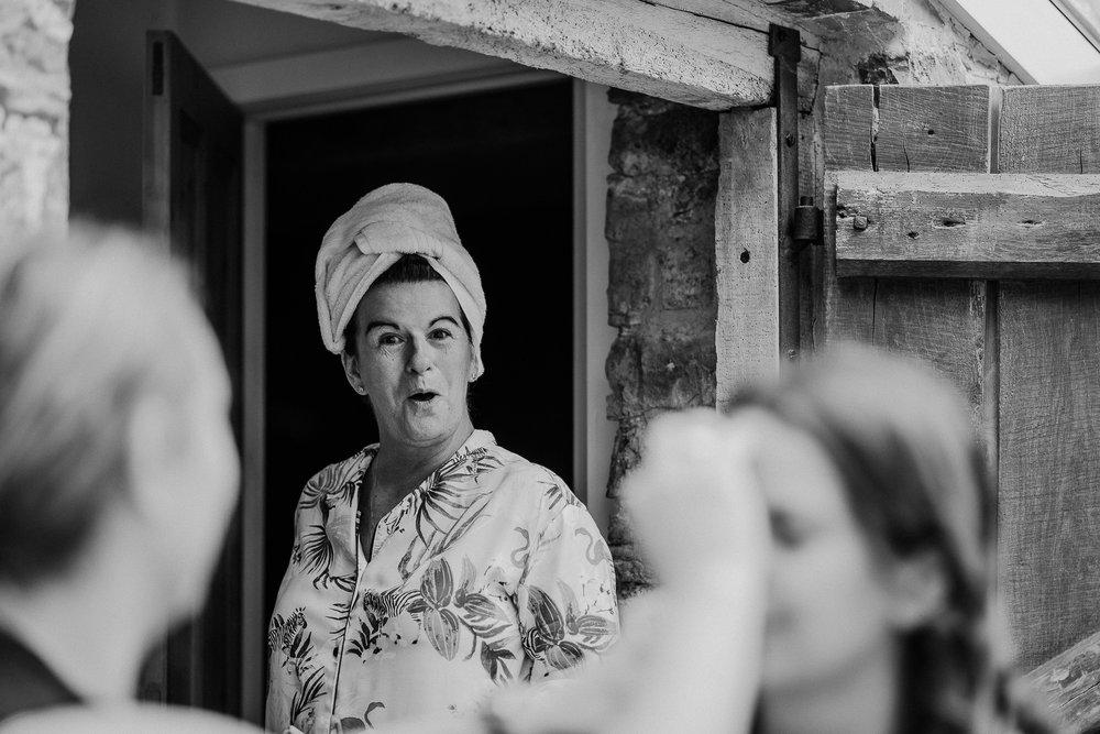 BEST-WEDDING-PHOTOGRAPHER-CORNWALL-AND-DEVON-2019-5.jpg