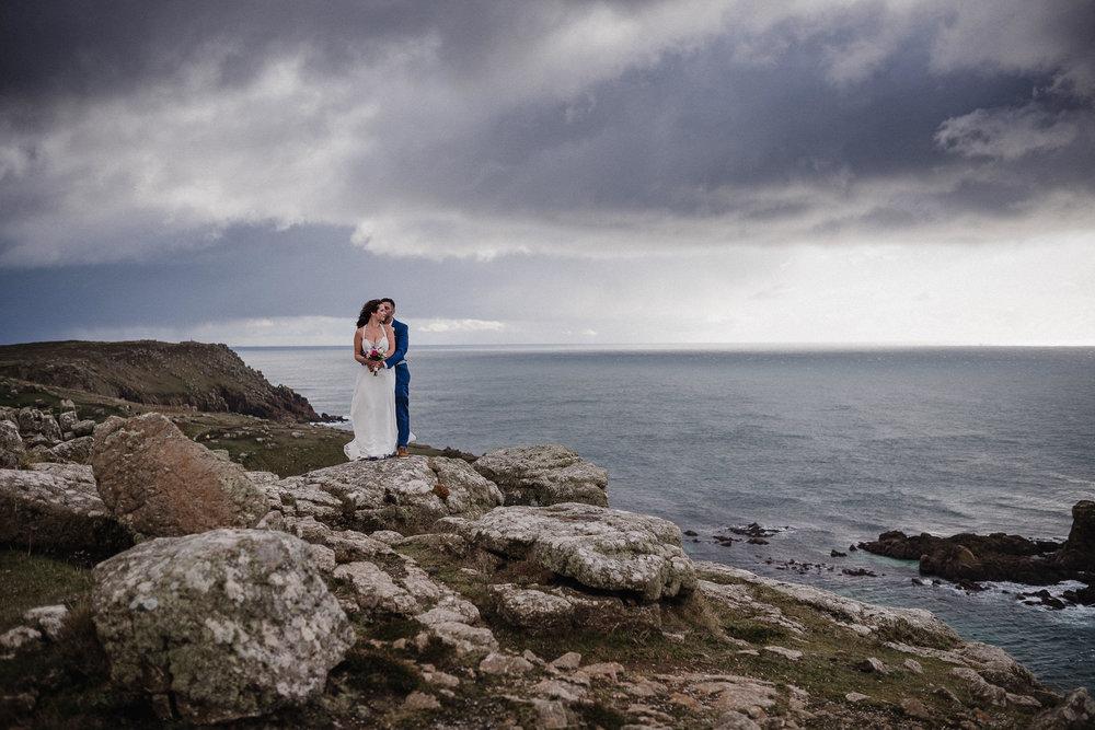 BEST-WEDDING-PHOTOGRAPHER-CORNWALL-AND-DEVON-2019-9.jpg