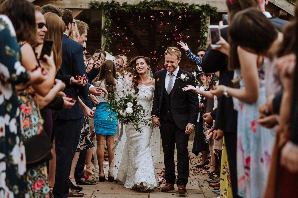BEST-WEDDING-PHOTOGRAPHER-CORNWALL-AND-DEVON-2019-27.jpg