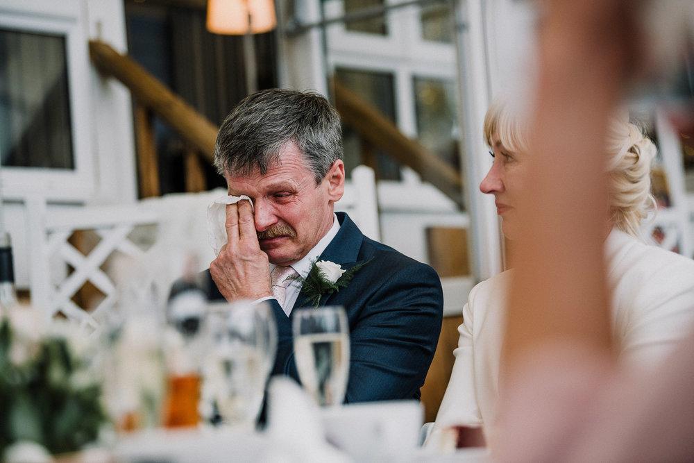 BEST-WEDDING-PHOTOGRAPHER-CORNWALL-AND-DEVON-2019-29.jpg