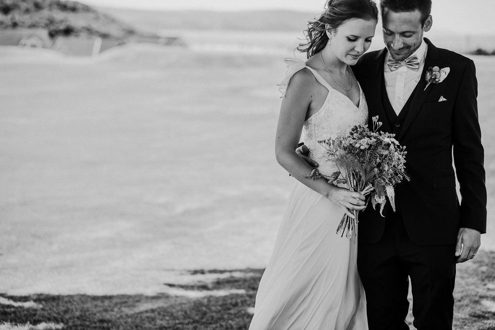 BEST-WEDDING-PHOTOGRAPHER-CORNWALL-AND-DEVON-2019-36.jpg