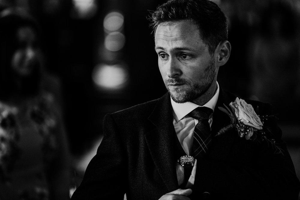 BEST-WEDDING-PHOTOGRAPHER-CORNWALL-AND-DEVON-2019-39.jpg