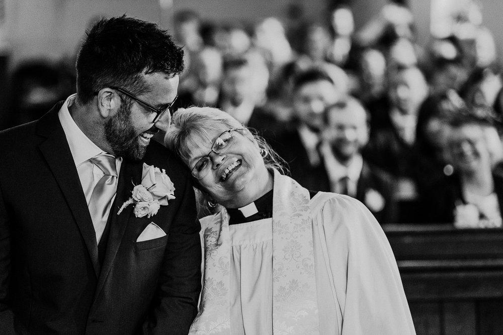 BEST-WEDDING-PHOTOGRAPHER-CORNWALL-AND-DEVON-2019-41.jpg