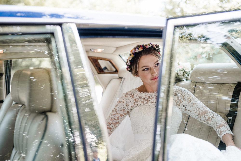 BEST-WEDDING-PHOTOGRAPHER-CORNWALL-AND-DEVON-2019-50.jpg