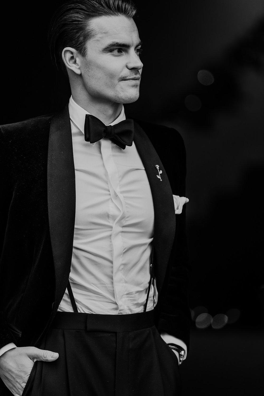 BEST-WEDDING-PHOTOGRAPHER-CORNWALL-AND-DEVON-2019-53.jpg