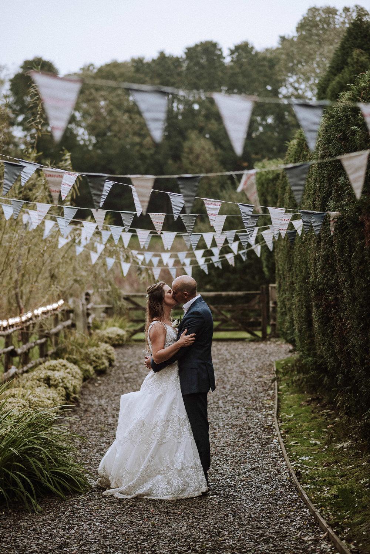 BEST-WEDDING-PHOTOGRAPHER-CORNWALL-AND-DEVON-2019-72.jpg