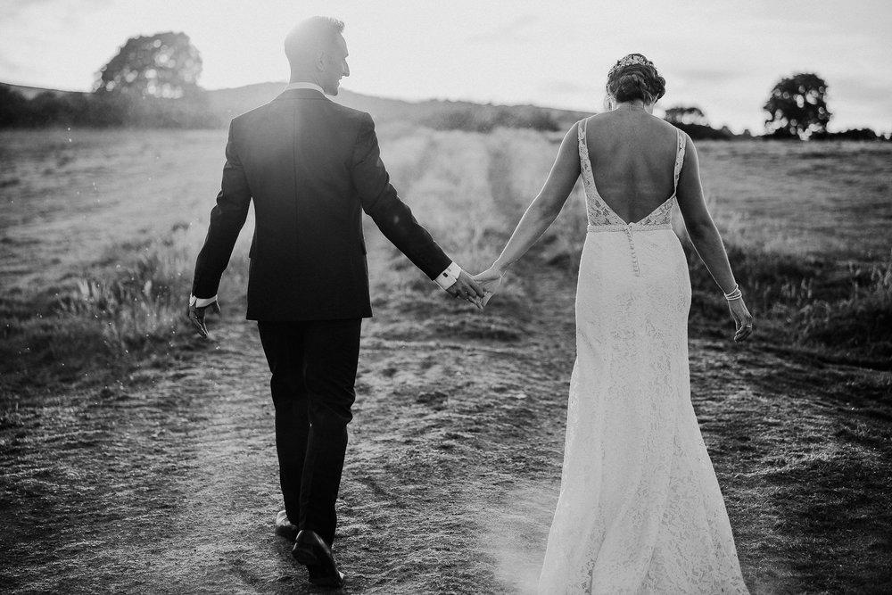 BEST-WEDDING-PHOTOGRAPHER-CORNWALL-AND-DEVON-2019-91.jpg