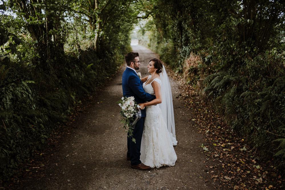 BEST-WEDDING-PHOTOGRAPHER-CORNWALL-AND-DEVON-2019-94.jpg
